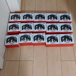 ニンテンドーゲームキューブ(ニンテンドーゲームキューブ)の【任天堂純正品】ゲームキューブ コントローラー スマブラブラック 15個セット(その他)
