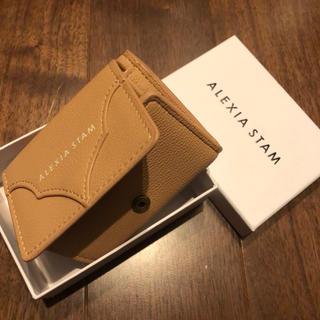 アリシアスタン(ALEXIA STAM)のALEXIA STAM新品LOGO mini Wallet CAMEL(財布)