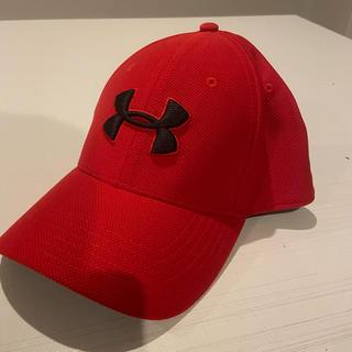 アンダーアーマー(UNDER ARMOUR)のアンダーアーマー UA 赤 帽子  キャップ 新品未使用(キャップ)