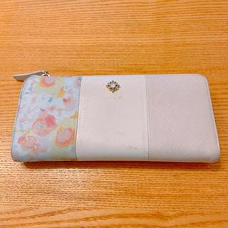 ヨンドシー(4℃)のルリア4℃ 長財布 花柄ピンク L字型ファスナー(財布)