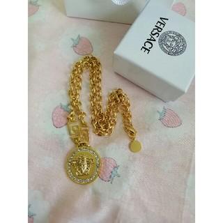 ヴェルサーチ(VERSACE)の金色 ファッション Versaceヴェルサーチ ネックレス 箱付き (ネックレス)