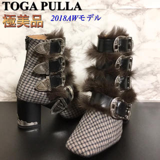 トーガ(TOGA)の【極美品】【18AW】TOGA PULLA チェック柄ファー付き4メタルブーツ(ブーツ)