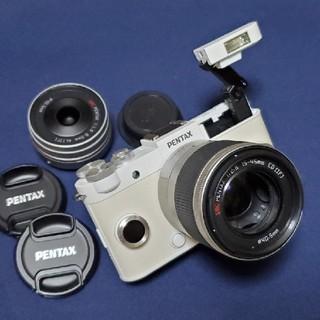 ペンタックス(PENTAX)のPENTAX Q-S1 白 レンズ2種 Qシリーズ最上機種(ミラーレス一眼)
