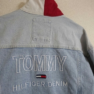トミーヒルフィガー(TOMMY HILFIGER)のトミー ロゴ入り デニムジャケット Gジャン 日本未入荷 US限定(Gジャン/デニムジャケット)