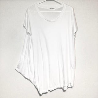 ズッカ(ZUCCa)のzucca 変形 アシンメトリー Tシャツ トップス(カットソー(半袖/袖なし))