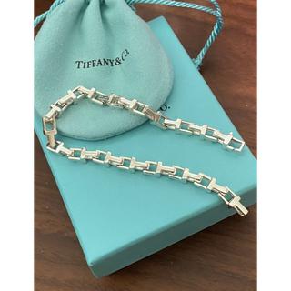 ティファニー(Tiffany & Co.)のTiffany&co. T Narrow Chain Bracelet(ブレスレット)