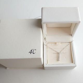 4℃ - 4℃ K18WG ダイヤモンドネックレス