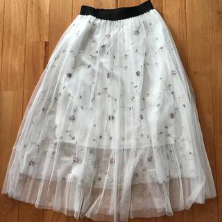 セシルマクビー(CECIL McBEE)のセシルマクビー 花刺繍プリーツチュールスカート(ロングスカート)