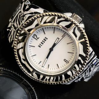 ヴェルサーチ(VERSACE)の【新品】海外限定品‼︎ 入手困難‼︎ ヴェルサーチ VERSACE ユニセックス(腕時計(アナログ))