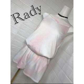レディー(Rady)のレディ 未使用 オールインワン 白とピンクのグラデーションが綺麗♡(オールインワン)