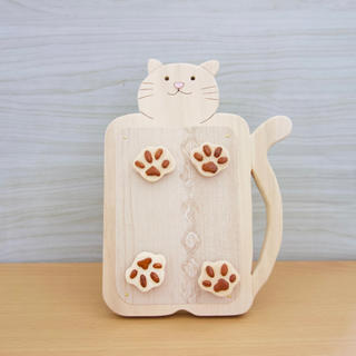 木製ネコのマグネット写真立てB 猫グッズ(インテリア雑貨)