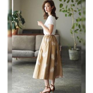 チェスティ(Chesty)の新品未使用タグ付き♡セブンテン フェザー刺繍スカート(sizeXS)(ロングスカート)