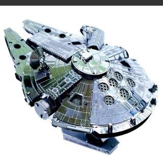 ディズニー(Disney)のメタリック ナノパズル STARWARS MILLENNIUM FALCON(模型/プラモデル)