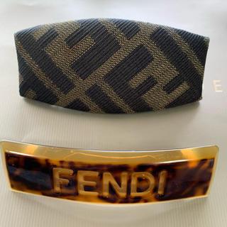 フェンディ(FENDI)のFENDI(バレッタ/ヘアクリップ)