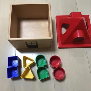 イケア(IKEA)のIKEA おもちゃ 型はめ おうち 木のおもちゃ(知育玩具)