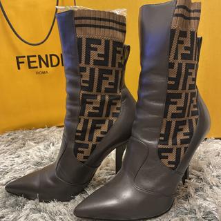 フェンディ(FENDI)の完売品♥️FENDI  ズッカ柄ソックスブーツ(ブーツ)