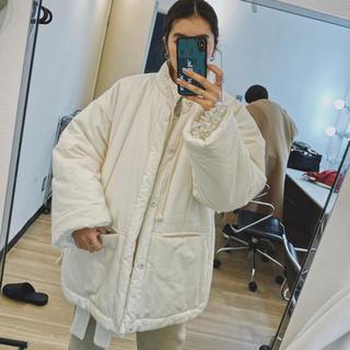 トゥモローランド(TOMORROWLAND)のfumika uchida コート ジャケット 美品 フミカウチダ(ノーカラージャケット)