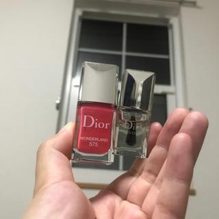 ディオール(Dior)のDiorネイルとジェルトップコート(ネイルトップコート/ベースコート)