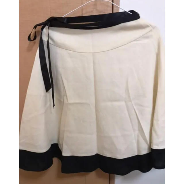 Debut de Fiore(デビュードフィオレ)のレッセパッセ 膝丈スカート レディースのスカート(ひざ丈スカート)の商品写真