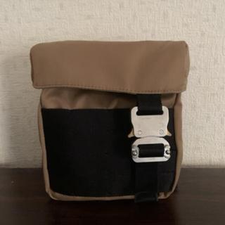 ディオール(Dior)の1017 ALYX 9SM バックル ショルダーバッグ(ショルダーバッグ)