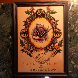 クライミー(CRIMIE)の「スワロー × SHAKEHANDS」A4サイズ 刺青 タトゥーフラッシュ(ミラー)