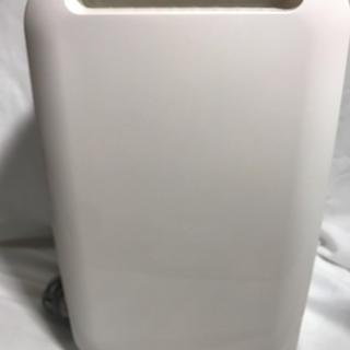 ヒタチ(日立)の文様専用 日立 衣服乾燥機 除湿機 HJS-56(加湿器/除湿機)