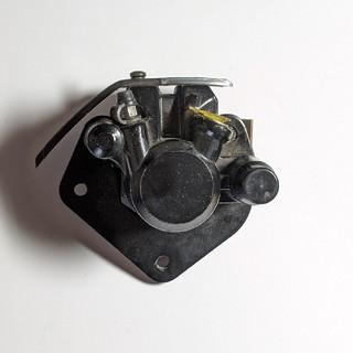 スズキ(スズキ)のバイク キャリパー GN125H(パーツ)