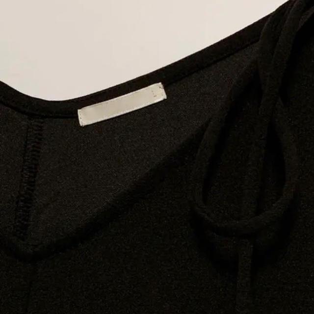 GU(ジーユー)の【GU】キャミソールコンビネゾン Lサイズ 黒 ユニクロ オールインワン レディースのパンツ(オールインワン)の商品写真