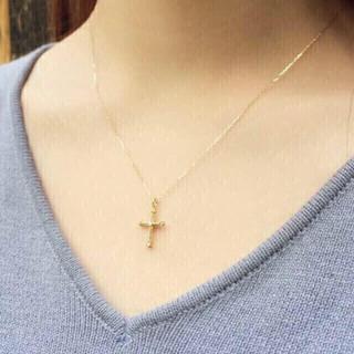 アーカー(AHKAH)の新品同様 アーカー k18 YG クレオクロス ネックレス ✨ 18金 ダイヤ(ネックレス)