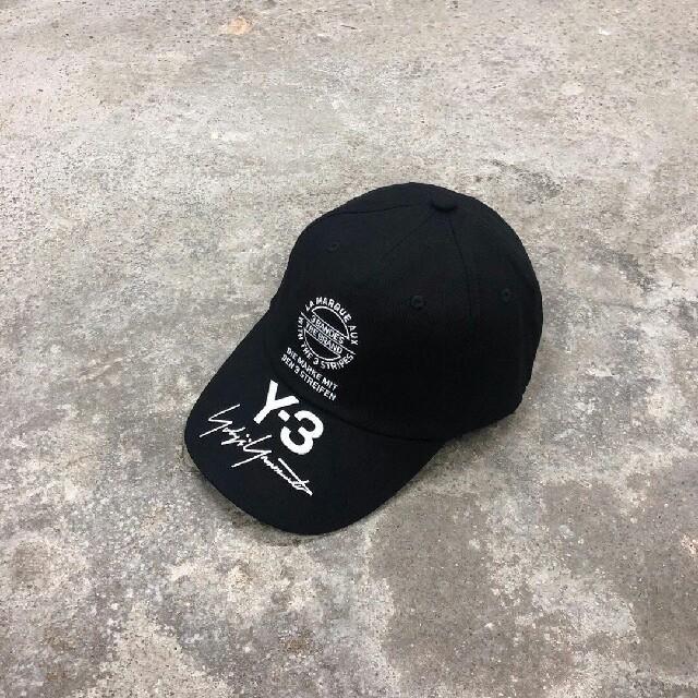 Y-3(ワイスリー)の新品 Y-3 キャップ メンズの帽子(キャップ)の商品写真