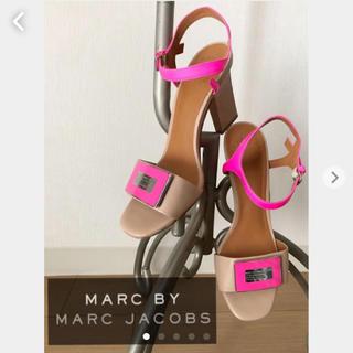 マークバイマークジェイコブス(MARC BY MARC JACOBS)のマークバイマークジェイコブス サンダル ピンク レザー ベージュ marcby(サンダル)