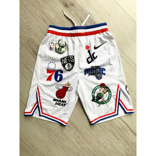 Supreme - シュプリーム nike コラボ NBA ハーフパンツ