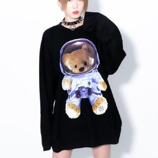 ミルクボーイ(MILKBOY)のトラバストーキョー🖤スペースクマビッグロンT🖤黒(Tシャツ(長袖/七分))