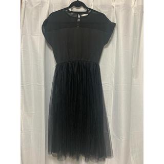 メルロー(merlot)のmerlot plus デコルテシースルーワンピース 2404 ブラック(ミディアムドレス)