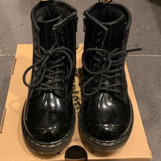 ドクターマーチン(Dr.Martens)のドクターマーチン 黒エナメルレースアップブーツ サイズ27(約17センチ)(ブーツ)