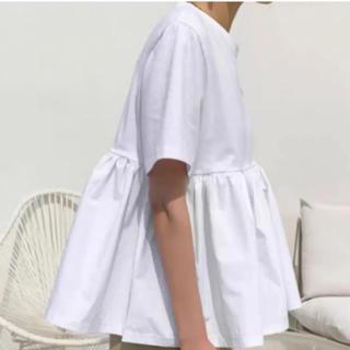 ディーホリック(dholic)の新品 半袖 フリルTシャツ 異素材 カットソー ホワイト(カットソー(半袖/袖なし))