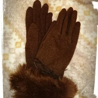 コムサイズム(COMME CA ISM)のA♦コムサイズム手袋♦️アンゴラ混♦️ブラウン手袋♦️ラビットファー♠️おまけ☆(手袋)