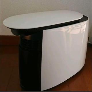オムロン(OMRON)の【美品】オムロン加湿器 保湿機 OMRON HSH-100-W(加湿器/除湿機)