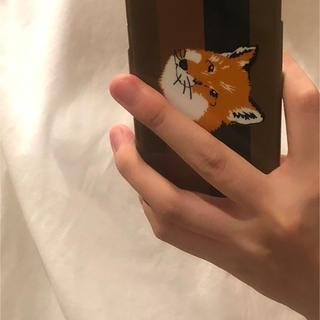 メゾンキツネ(MAISON KITSUNE')のメゾンキツネ   iPhoneケース(iPhoneケース)