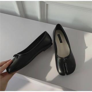 トゥデイフル(TODAYFUL)の足袋バレエシューズ タビ tabi ブラック 黒 レディース フラット(バレエシューズ)
