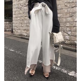 アメリヴィンテージ(Ameri VINTAGE)のAMERI hem layered flare pants(カジュアルパンツ)