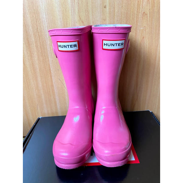 HUNTER(ハンター)のハンター レインブーツ キッズ ピンク キッズ/ベビー/マタニティのキッズ靴/シューズ(15cm~)(長靴/レインシューズ)の商品写真