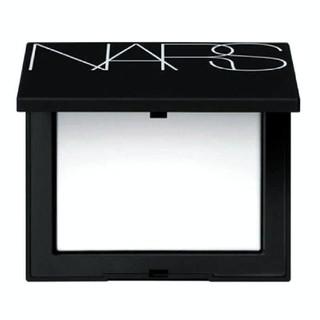 ナーズ(NARS)のNARS ナーズ ライトリフレクティング セッティングパウダー プレスト 10g(フェイスパウダー)
