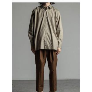 マーカウェア(MARKAWEAR)の求 markaware コンフォートフィットシャツ サイズ3 オリーブ 19aw(シャツ)