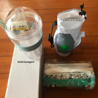 フォルクスワーゲン(Volkswagen)のvolkswagen タンブラー ペンケース ペットボトルホルダー 新品(ノベルティグッズ)