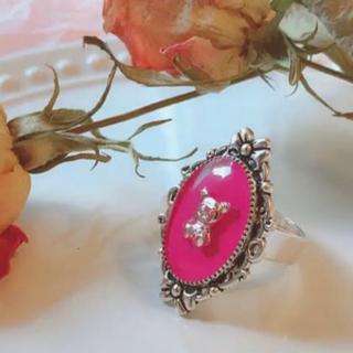 ショッキングピンクくまちゃんリング♡フリーサイズ メンヘラ地雷 量産型ジャニオタ(リング(指輪))