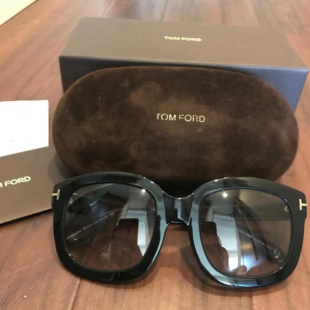 TOM FORD(トムフォード)の人気◇ トムフォード サングラス TF279-01B レディースのファッション小物(サングラス/メガネ)の商品写真