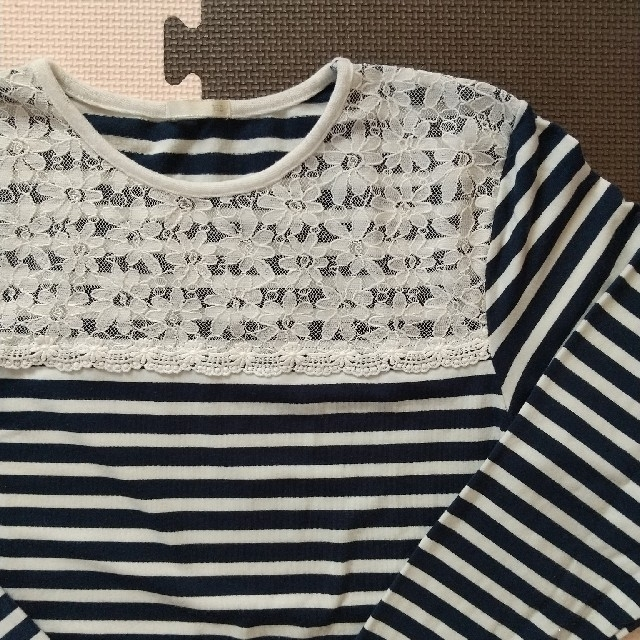 GU(ジーユー)の【 NANA様  専用 】キッズ♡長袖ボーダー柄カットソー   150cm キッズ/ベビー/マタニティのキッズ服女の子用(90cm~)(Tシャツ/カットソー)の商品写真
