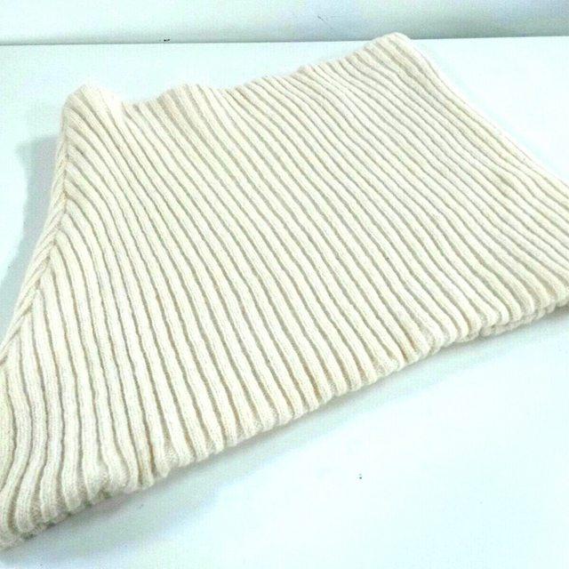 Balenciaga(バレンシアガ)のバレンシアガ マフラー美品  アイボリー レディースのファッション小物(マフラー/ショール)の商品写真