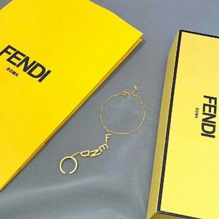 フェンディ(FENDI)のFENDIブレスレット(ブレスレット/バングル)
